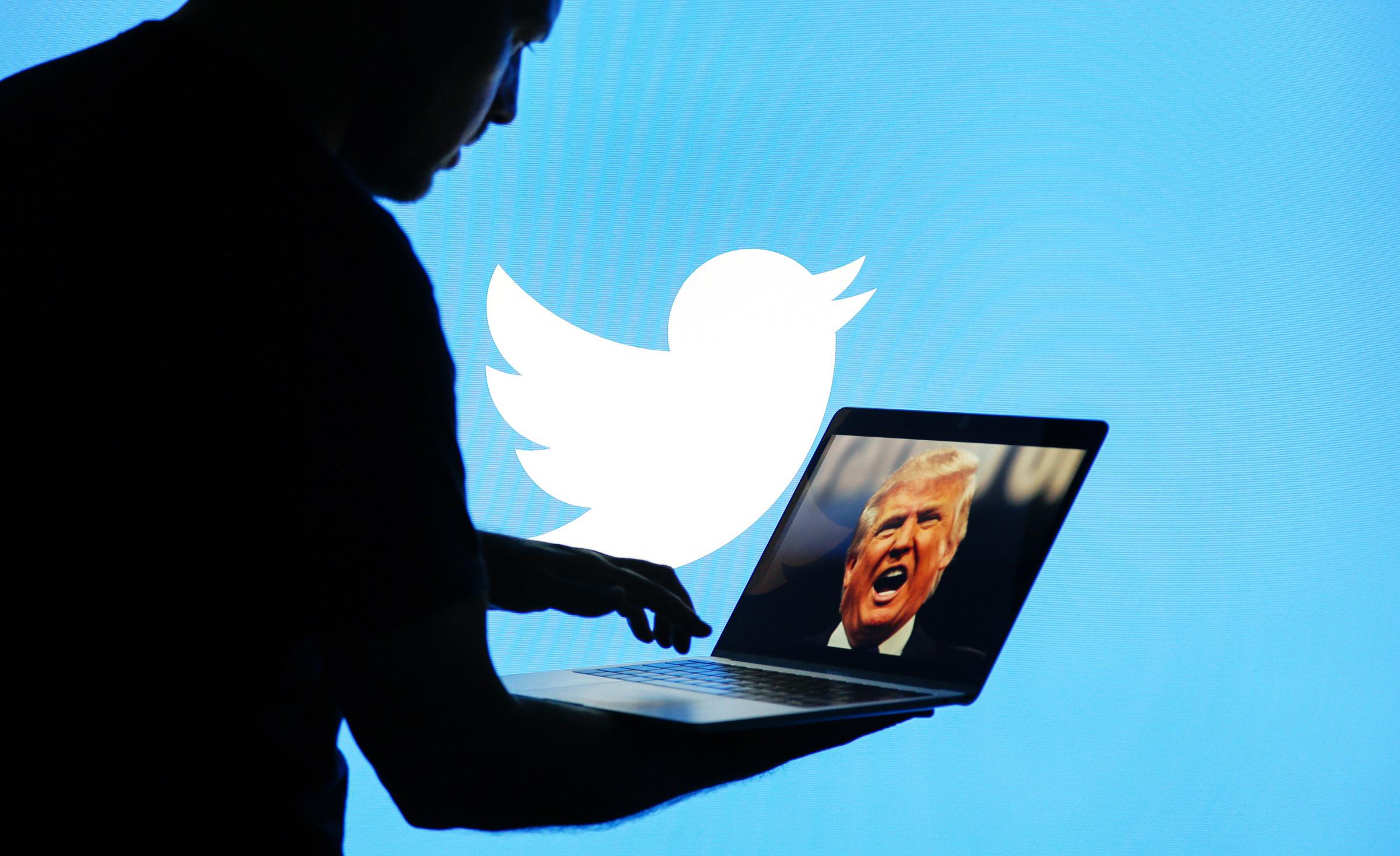 Трамп хочет закрыть Twitter