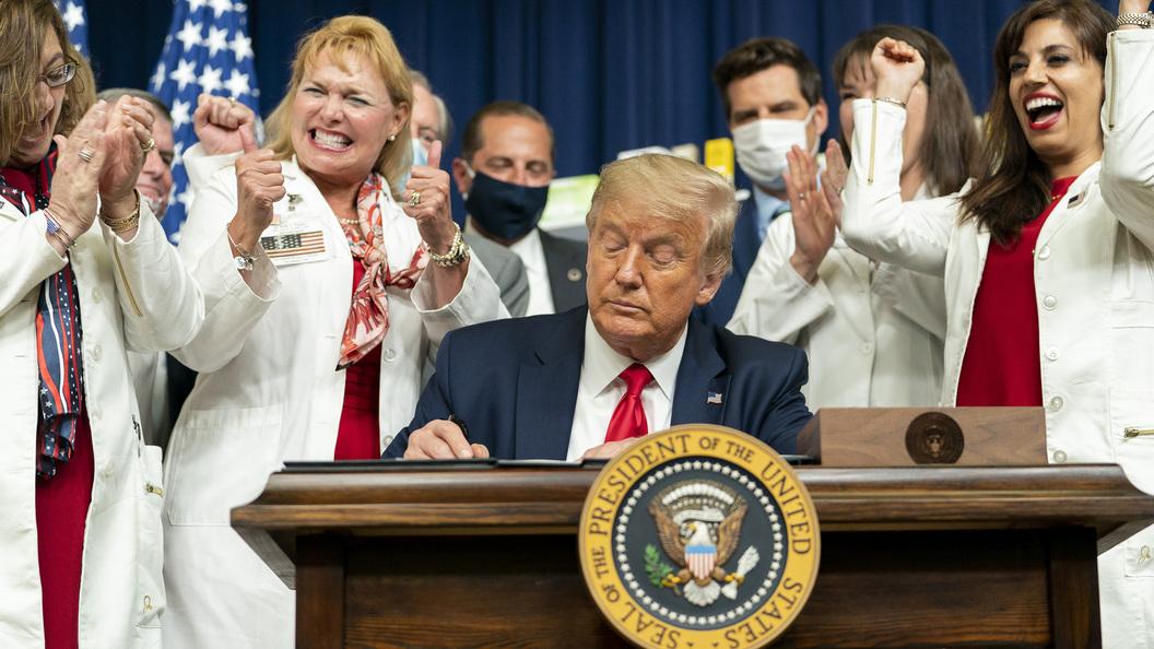 Дональд Трамп считает, что нужно перенести выборы из-за пандемии