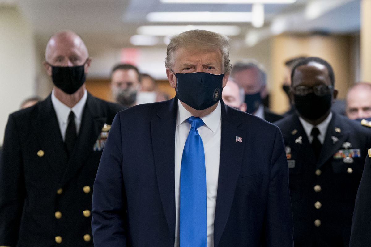 Дональд Трамп заболел коронавирусом